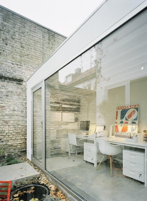white office #glass #office #white #modern