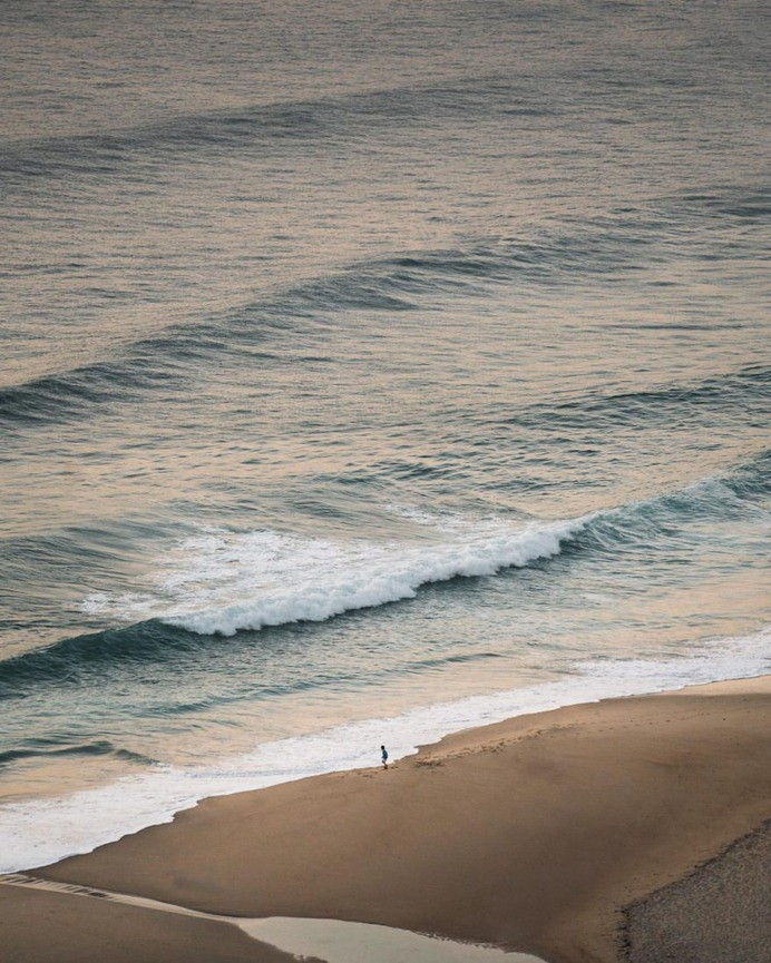 Minimalist Travel and Landscape Photography by Elliot Simpson