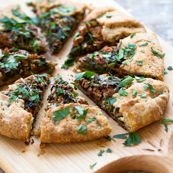 Yummy Supper: SPINACH GALETTE WITH WILD MUSHROOMS #food