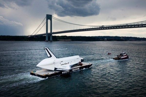 Enterprise Shuttle » Creative Photography Blog #photography