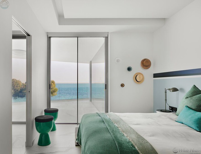 Villa in Costa Dorada, bedroom
