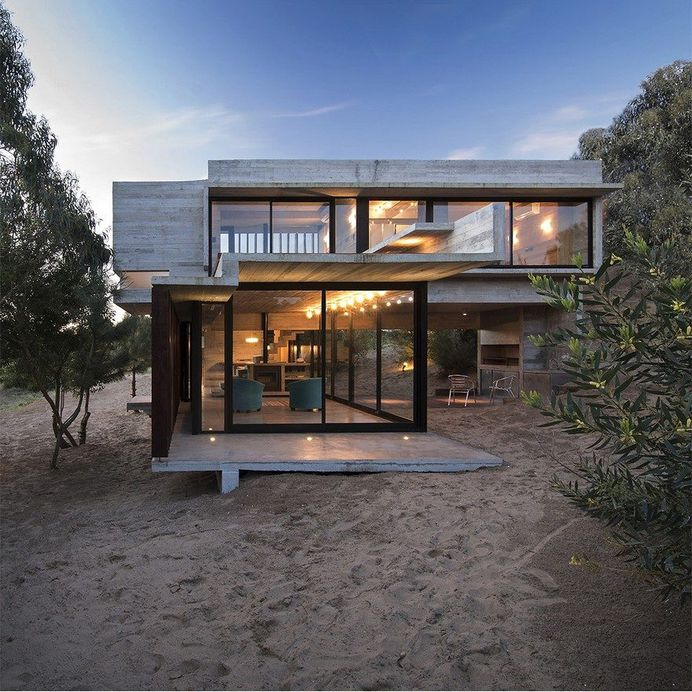Concrete Weekend Retreat in Buenos Aires, Argentina 17