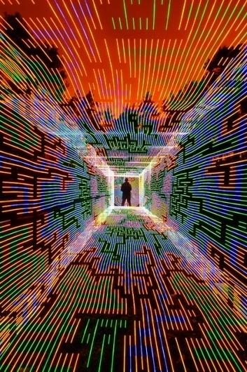 http://permafried.tumblr.com/post/18081784940 #neon