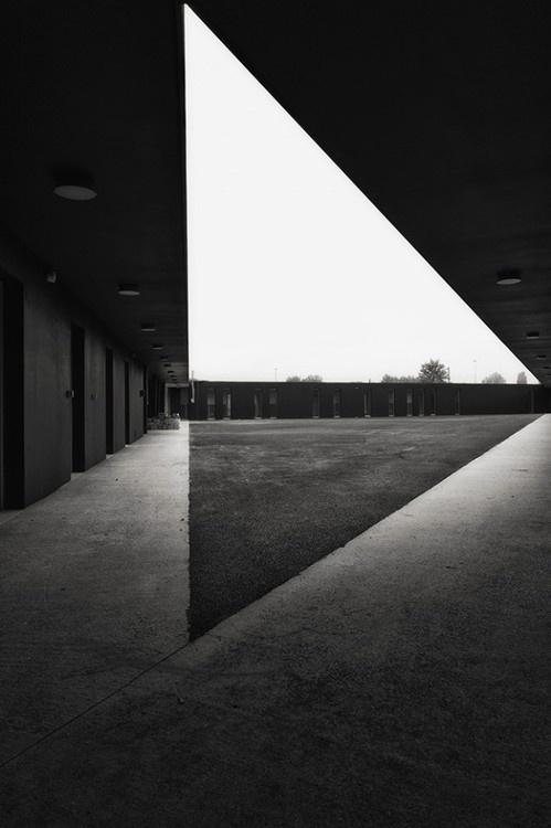 triangle #black #triangle #architecture #white