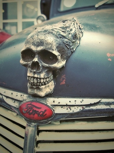 (Image) - fasels Suppe #ornament #skull #cars #hood