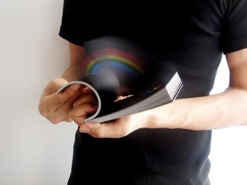 Rainbow In Your Hand: un flipbook 3D #rainbow #book
