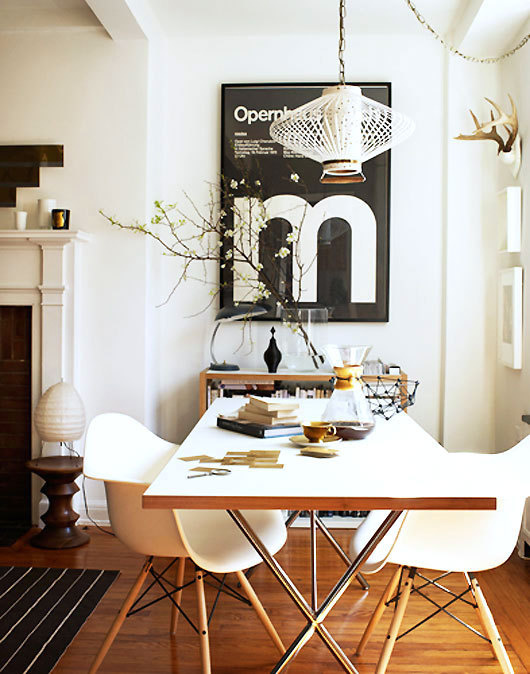 Poster & Table #interior #design #decor #deco #decoration