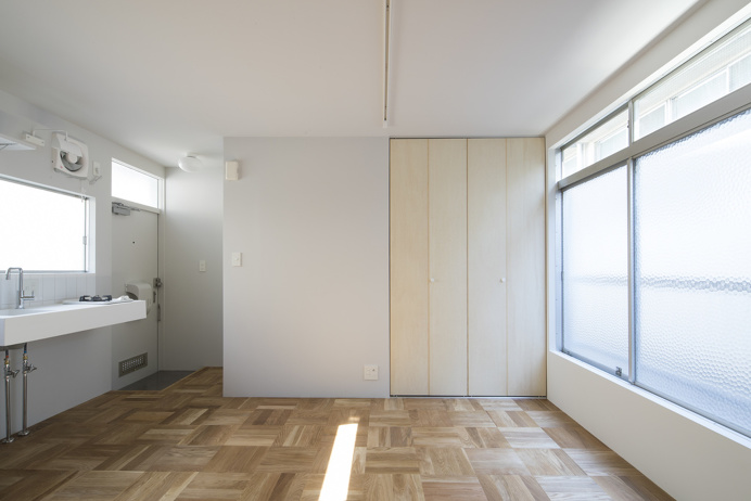 Apartments in Waseda by Roovice