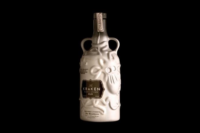 Kaken Ceramic #Bottle by stangerandstanger agency http://www.strangerandstranger.com/