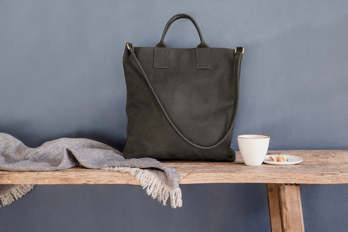 http://kathrinheubeck.com/ kathrin heubeck leather bag bags munich münchen germany beautiful design new modern style fashion