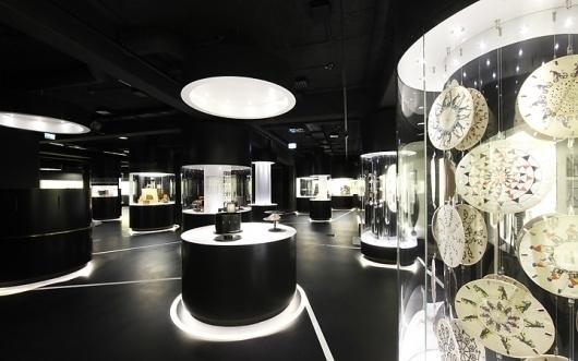 German Film Museum, Frankfurt am Main: ATELIER BRÜCKNER #exhibition #breuckner #black
