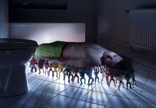 GEORG·SCHROEDER FOTOGRAFIE #man #toys #photography #bathroom