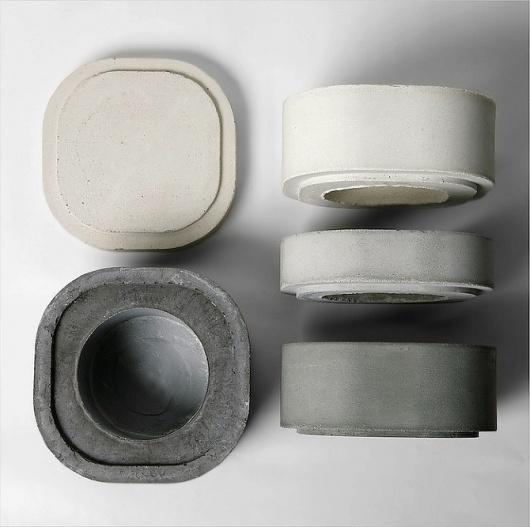 Xiral Segard: Vase Konkurïto - thisispaper #interior #concrete #vase #accessoiries #design
