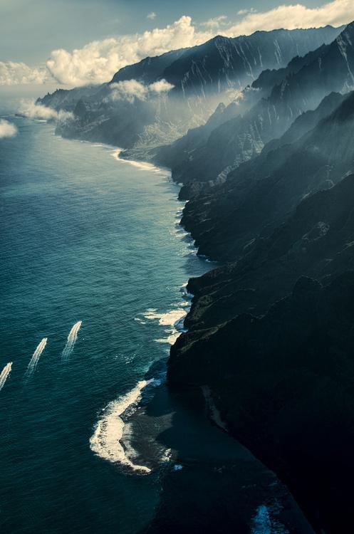 tumblr_mse5ytqNKQ1qjvnc4o1_500.jpg 497×750 pixels #sky #mountain #water #nature