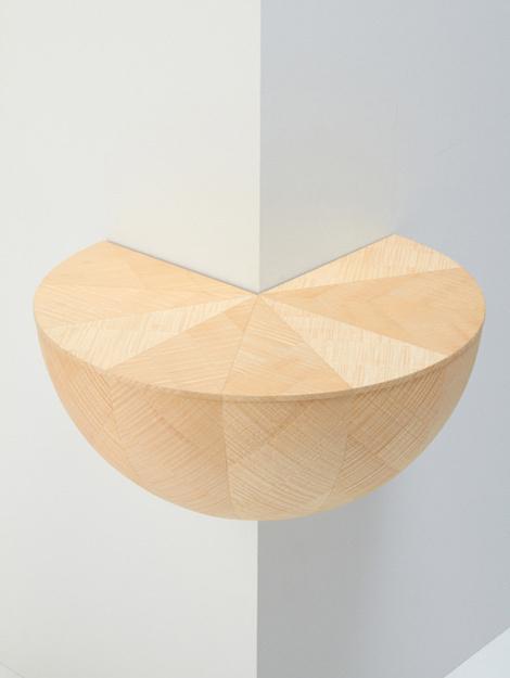 Varia — Design & photography related inspiration #wooden #corner #round #shelve #wood #interoior #shelf #table
