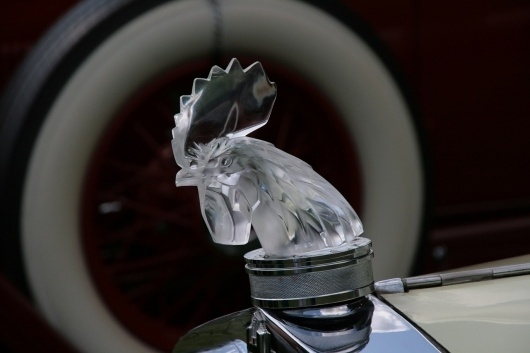 Meadowbrook 2009: Hood Ornaments -- Autoblog #automobile #ornament #chicken #hood #car