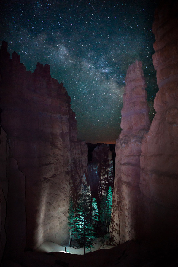 Smithsonian Magazine Announces 10th Annual Photo Contest Finalists #night #mountains
