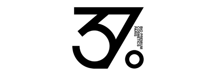 37 Bio Cosmetics Branding - Mindsparkle Mag My Name is Wendy Studio designed the branding for 37° Bio Premium cosmetics Paris Brand. #logo #packaging #identity #branding #design #color #photography #graphic #design #gallery #blog #project #mindsparkle #mag #beautiful #portfolio #designer