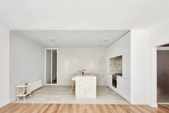 Villarroel Apartment by Raúl Sánchez Architects