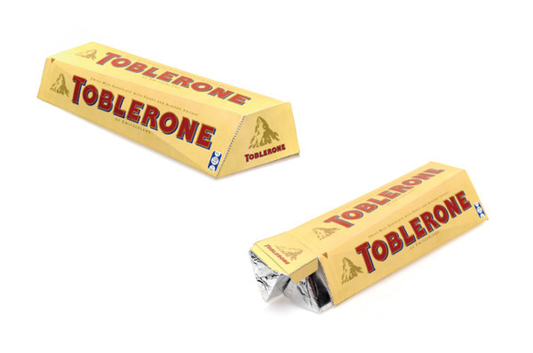 O Gesto e a Embalagem on Behance #packaging #design #multifaceted #cubism #toblerone