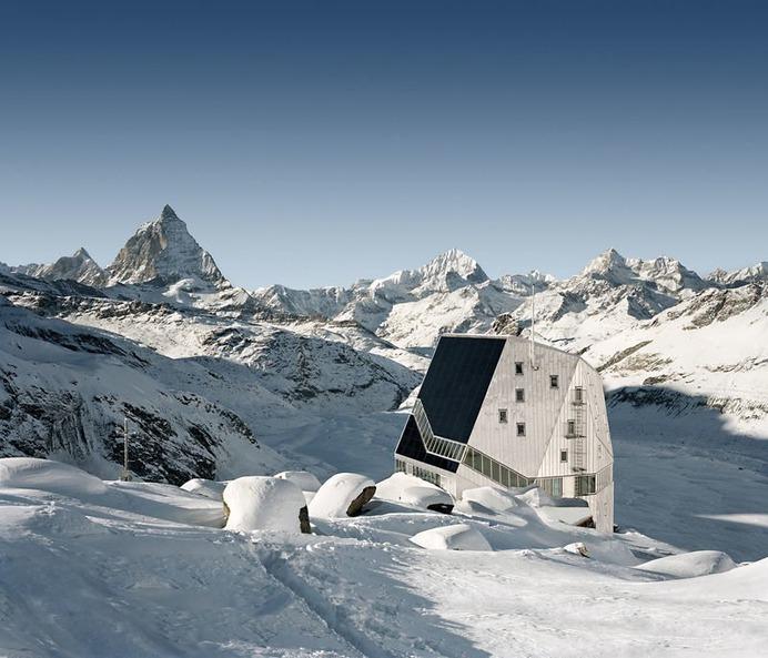 Monta Rosa Hut exterior