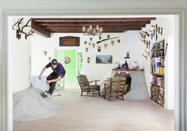 Skateboard Interior in one cozy house #interior #kateboard #art #skateboard #villa #kate