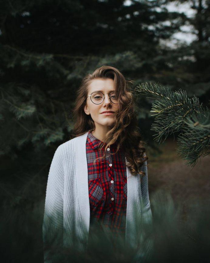Lydia Mendel by Zechariah Lee