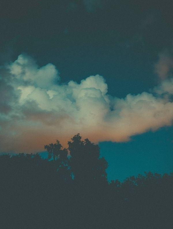 No palm trees here #sun #sweden #cloud #sky #gteborg #city #lights #landscape #night #mid #light