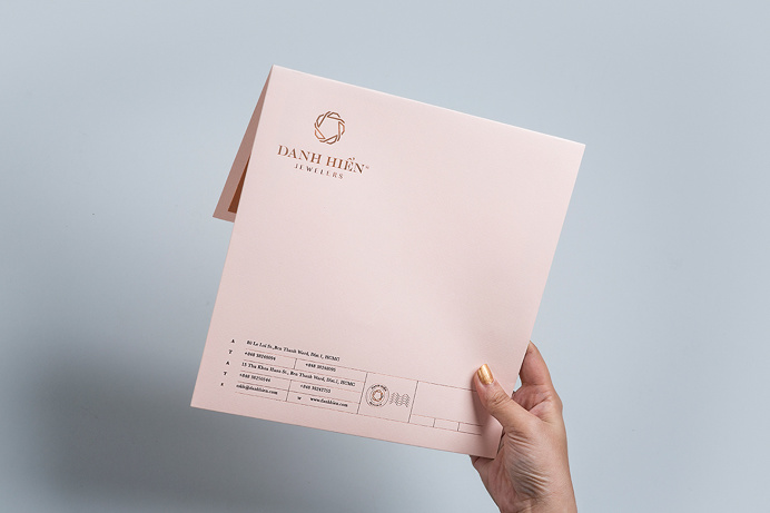 Danh Hien Jewelers jewelry branding corporate design diamond beautiful minimal design inspiration mindsparkle mag www.mindsparklemag.com