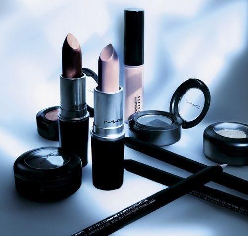 Love Lace mac cosmetics #photography #lip #mac