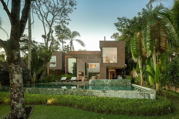 Baleia Condo by Studio Arthur Casas #architecture #house