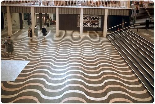 Tutte le dimensioni  Floor of the The Belgian Congo and Ruanda-Urundi Hall (Government Pavilion) - 1958   Flickr – Condivisione di foto! #vintage