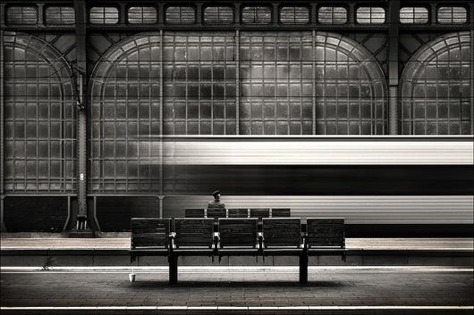 Kai Ziehl | PHOTODONUTS PHOTOGRAPHY INSPIRATION #train #white #black #and