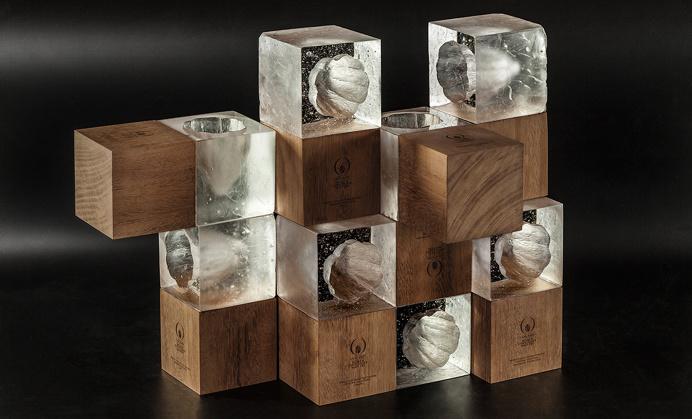 World chocolate masters trophy best win winner award design inspiration designblog gold golden silver crafted handcrafted wood wooden beaut