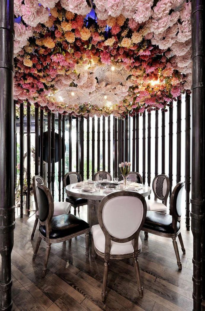 Flower 17 Hot Pot Restaurant - A Song of Flower and Fire 13