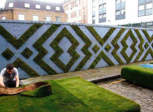 anna garforth moss graffiti designboom #moss