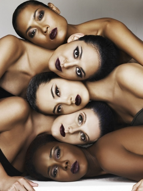 Fashion photography (viacocobdemure) #fashion #cosmetics