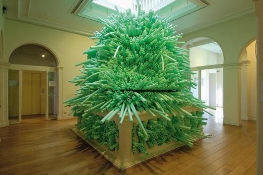 Karin van Dam - Installations - Ulaan Baatar, Museum Jan Cunen, Oss (2005) #plastic #installation #art #green