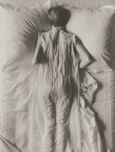 There's no cheese in cheesecloth. | Irving Penn, Girl in Bed (Jean Patchett), New... #irving #penn #patchett #bed #jean