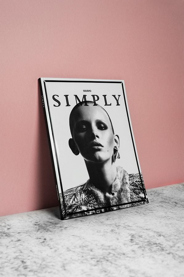 Simply The Mag issue#0 OCULTO
