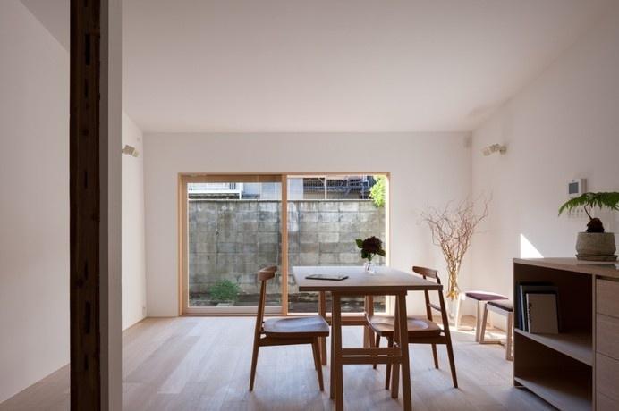 House in Shichiku by Shimpei Oda Architect's Office #interior #minimalist