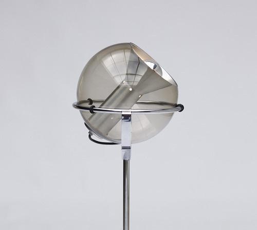 Design(Vintage Globe Floor Lamps, viaadayinthelandofnobody) #lamp #design