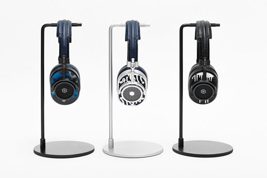 The Hand Painted Master & Dynamic Special Edition MH40 #MasterDynamic #MH40 #HandPainted