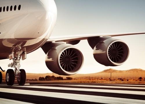 T H R T B R K R S #photography #plane