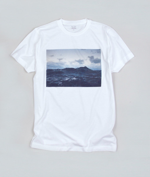 The North Sea Tee is a collaboration between Corey Arnold and SALT. Â There was something that caught our eye about the way Arnold photograp #ocean #surf
