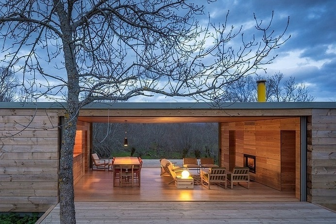 House by ch+qs arquitectos inspired by the fields with yellow flowers - HomeWorldDesign (6) #spain #architecture #house #green