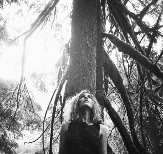 15_dust8m.jpg (imagem JPEG, 600×568 pixels) #photo #nature #woman