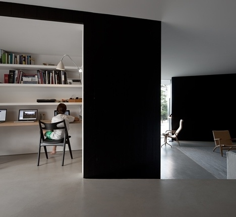 Dezeen » Blog Archive » C/Z House by SAMI arquitectos #portugal #black #architecture #white