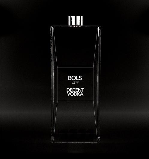 MASH - PURVEYORS OF THE FINE - ART DIRECTION & DESIGN - BOLS 1575 #packaging #black #glass #vodka #bols #mash