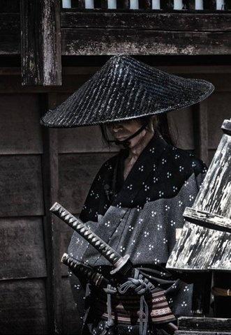 tumblr_msy5wbxuAM1r9d0d5o1_1280.jpg (508×736) #warrior #sword #samurai #dark #japan